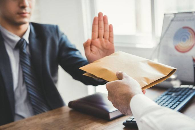 The Top 17 Reasons Law Firms Do Not Hire and Make Offers to Attorneys and Law Students: It's Not What You Think