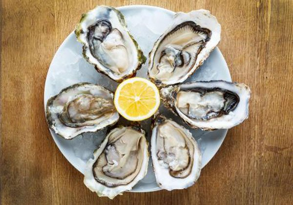 Learn how to order and eat oysters.