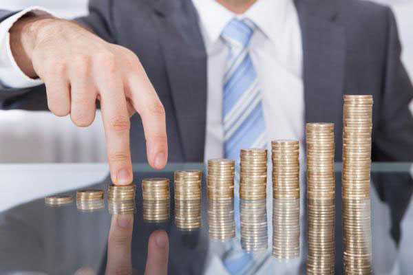 On Salary Inflation: Funds vs. Fulfillment