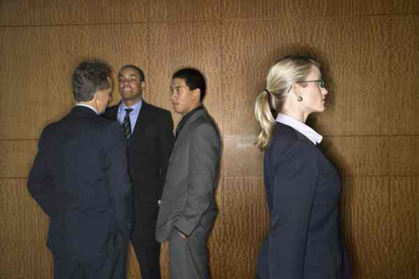 Why Attorneys Need to Know How to Fit in to Succeed in Law Firms